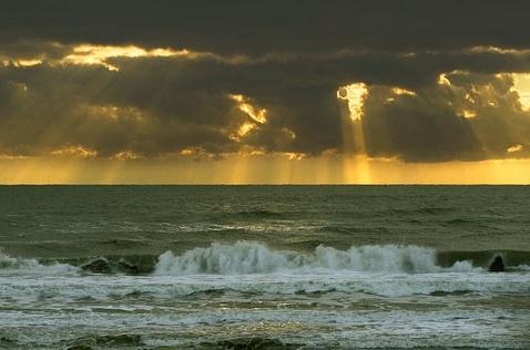 sea-sun-clouds.jpg